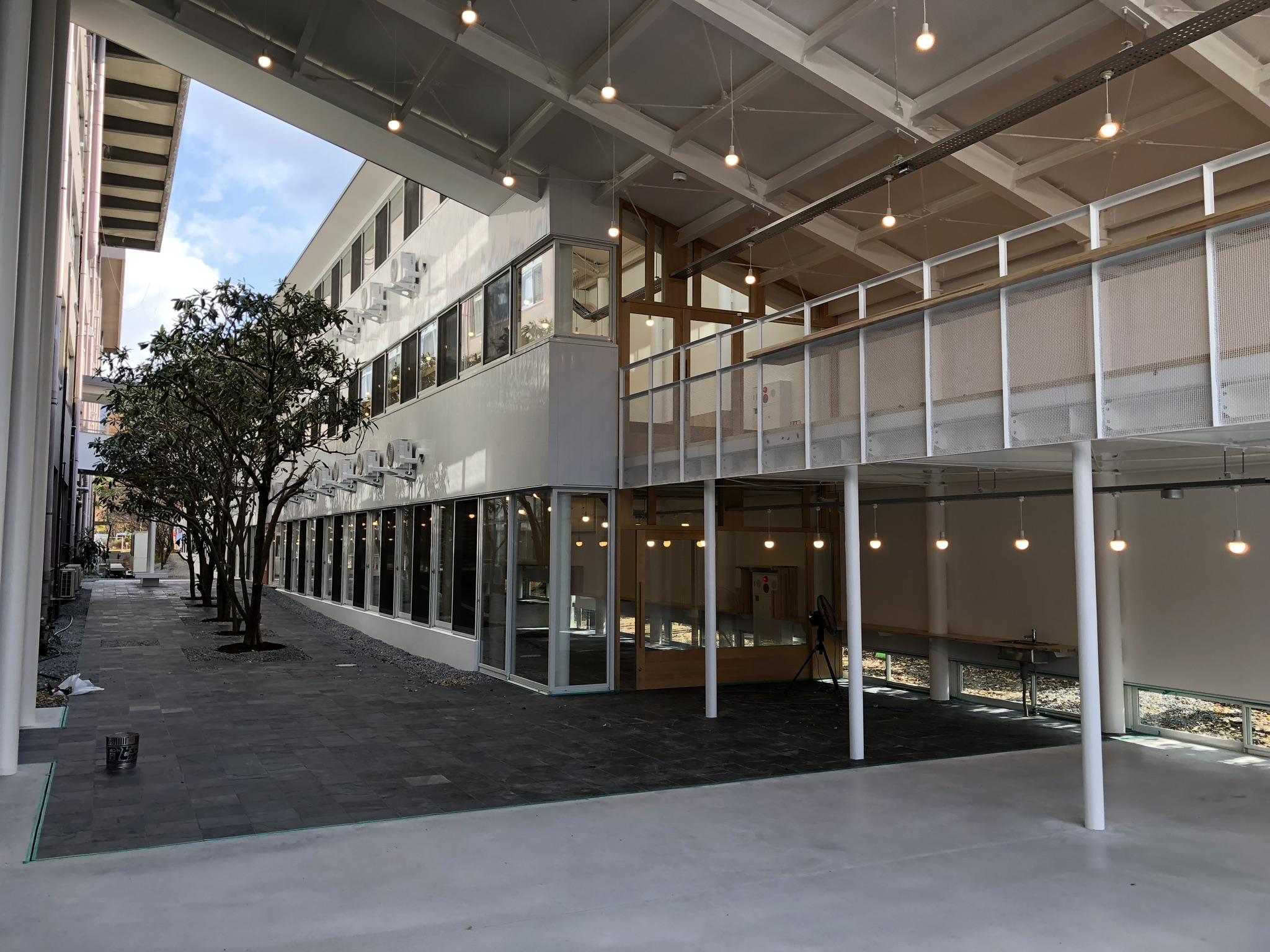 京都工芸繊維大学 デザインファクトリー・内装工事